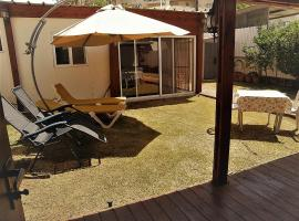 Hotel Photo: Etty's House for an Amazing Vacation
