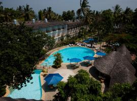 Hotel Photo: Travellers Beach Hotel