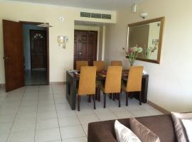 Hotel Photo: Royal Park Luxury 3 Bed Room@ B2
