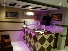 A picture of the hotel: Al Qaser Al Dawha Furnished Apartments