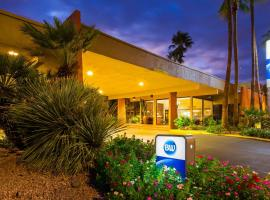 Hotel Photo: Best Western Royal Sun Inn & Suites