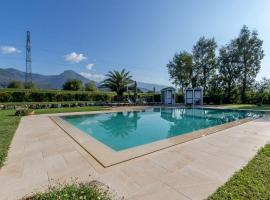 A picture of the hotel: Borgo la Collinetta - Appartamento