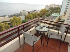 Hotel photo: Lido Sea View Apartment