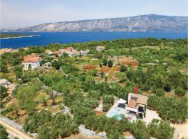 Hotel Photo: Two-Bedroom Holiday Home in Stari Grad