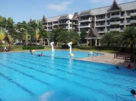 Hotel Foto: Royal Palm 2BR Resort Style Condo