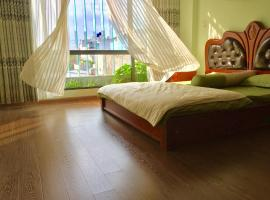 A picture of the hotel: Homestay Phuong Huu Thanh