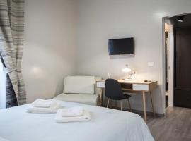 Hotel Photo: B&B Santi Quattro Al Colosseo