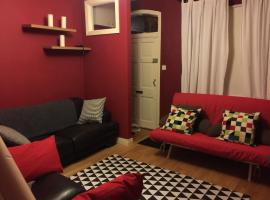 Hotel Photo: Cosy Two Bedroom House in Dublin City!