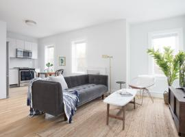 Hotel Photo: Three-Bedroom on South Street Apt 9