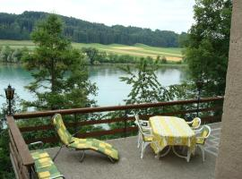 Hotel Photo: Appartement Am Wohlensee