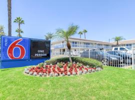 Hotel Photo: Motel 6 Santa Ana