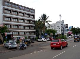 A picture of the hotel: Hotel Raj