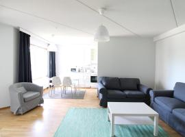 A picture of the hotel: A three-bedroom apartment fully furnished for six persons in Veromiehenkylä, Vantaa. (ID 10712)