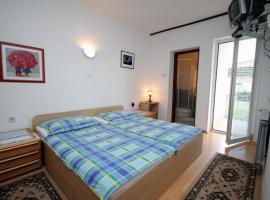 Hotel Photo: Apartment Selce 2379a