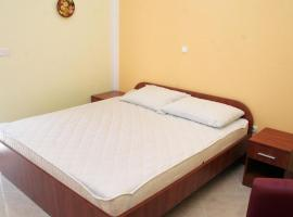 Hotel photo: Double Room Rogoznica 3097c