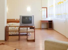 Hotel Photo: Family Hotel Gorski Kut