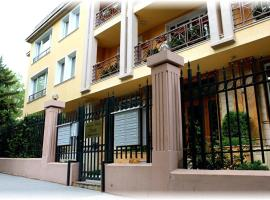 Hotel Photo: Apartment House Iztok