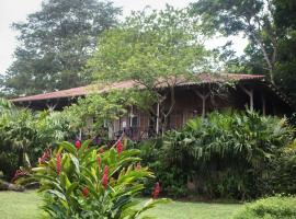 A picture of the hotel: Casa Grande at Pacuare Reserve