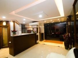 A picture of the hotel: FabHotel Q Inn Bowbazar