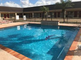 Hotel Photo: Los Fresnos Inn and Suites