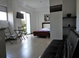 A picture of the hotel: Apartaestudio Pereira