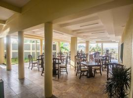 A picture of the hotel: Hotel Las Pergolas