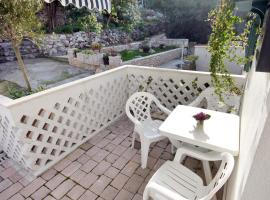 Hotel Photo: Apartment Omis 6003a