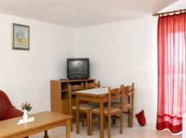Hotel photo: Apartment Rogoznica 4162d