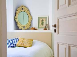 Hotel Photo: The 3 Rooms Boutique Hotel