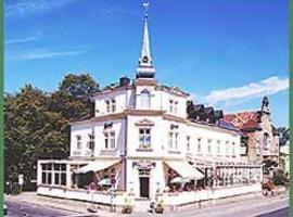 A picture of the hotel: Hotel - Restaurant Kurhaus Klotzsche