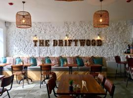 Hotel Photo: The Driftwood