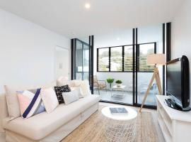 Hotel photo: Spacious Family Apartment at Dee Why Beach
