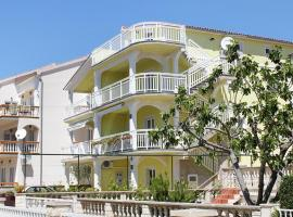Hotel Photo: Studio Vodice 4170b
