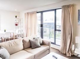 A picture of the hotel: Mt Eden Spacious 3 Bedroom Apartment