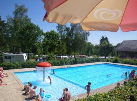A picture of the hotel: Country Camp camping Auf Kengert