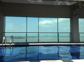 Hotel photo: River View suites Puerto Santa Ana gye