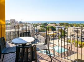 Hotel Photo: Fantastic, Sea View New 2 bedroom Apartment with Pool