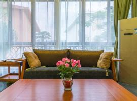 Hotel photo: Xishuangbanna Shanlin Guest House