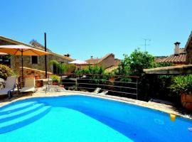 Hotel photo: Mallorcan house with Mediterranean views