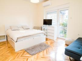 Hotel photo: Studio Apartment Brith