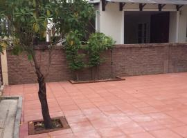 Hotel Photo: Detached House for rent