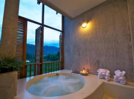 Hotel Photo: Proud Phu Fah Hip & Green Resort