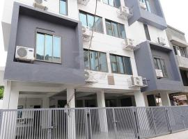 Hotel Photo: Indra Residency Service Apartment