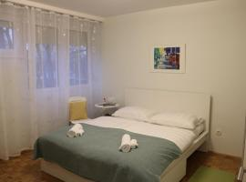 Hotel fotoğraf: Newly renovated apartment on great location