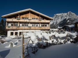 Hotel Photo: Mair's Landgasthof -Adults only-