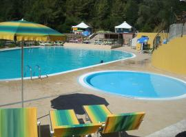 Hotel Photo: Camping Village Canapai