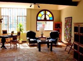 Hotel near  Carrasco Intl  airport:  Villa Lola B&B