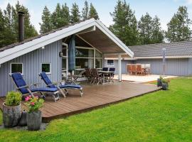 Hotel Photo: Four-Bedroom Holiday home in Bindslev 3