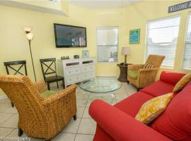 Hotel Photo: Sandpiper Cove 9107 Apartment