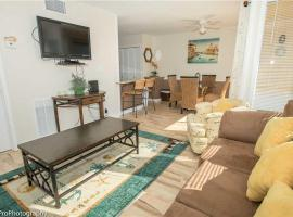 Hotel Photo: Sandpiper Cove 1025 Apartment
